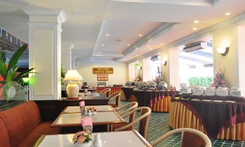 the-beverly-hotel-pattaya-coffee-shop-0218EA052B-9E24-83CC-07F8-55FE462B27FC.jpg